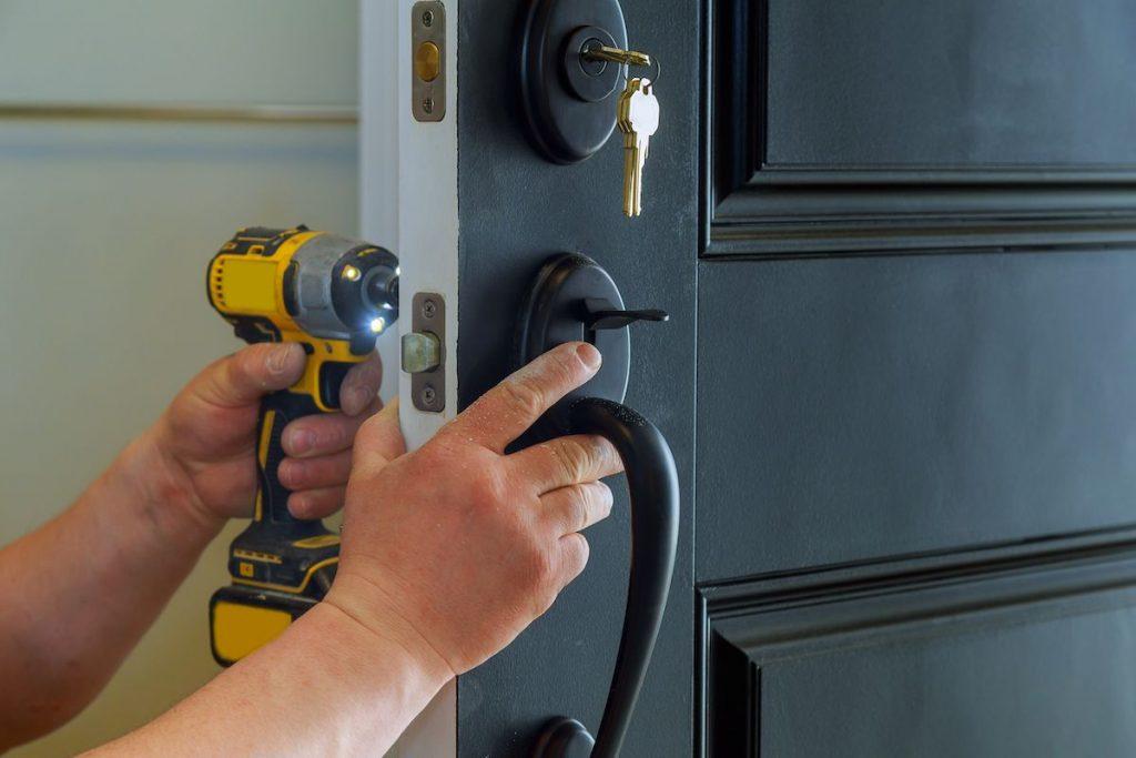 5 cosas que puede hacer un cerrajero las 24 horas